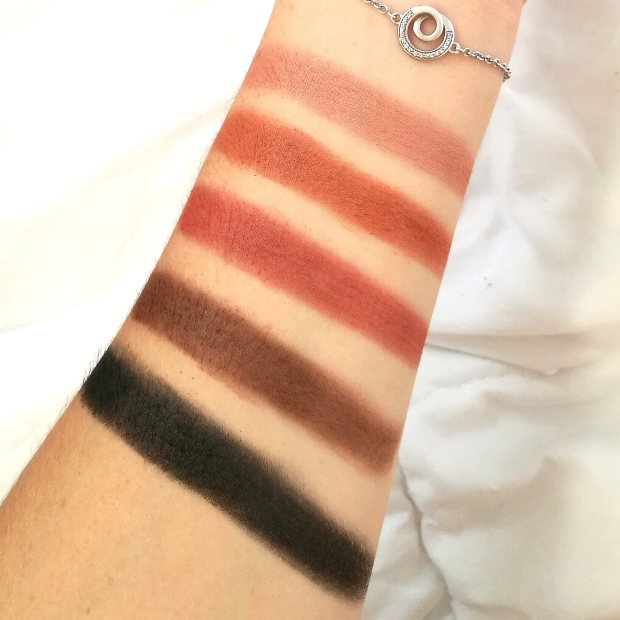 Swatch - Fards Mats - Palette Rose Gold Sunset - Elsamakeup